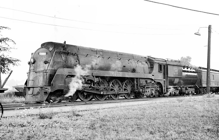 David Leonard's Canadian National and Grand Trunk Western Steam Gallery -  GTW 4-8-4 6407