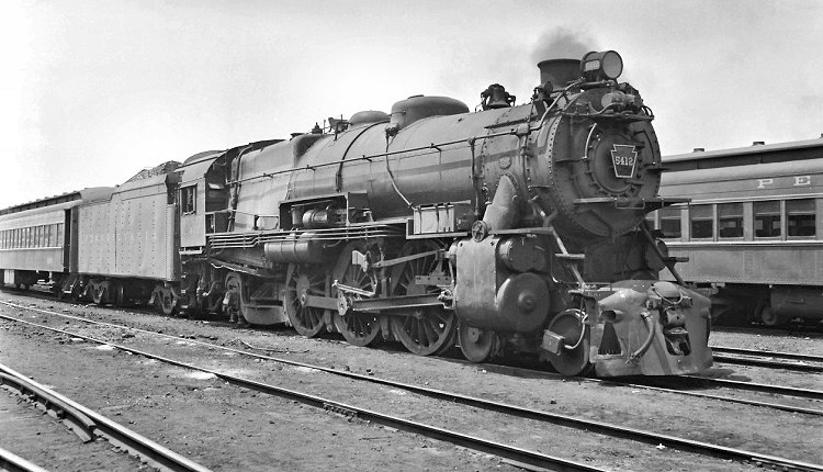 5412 Appears Here In Commuter Service At Bay Head New Jersey On July 11 1954 As The PRR Approached Complete Dieselization Suburban